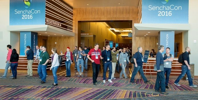 Image of SenchaCon attendees