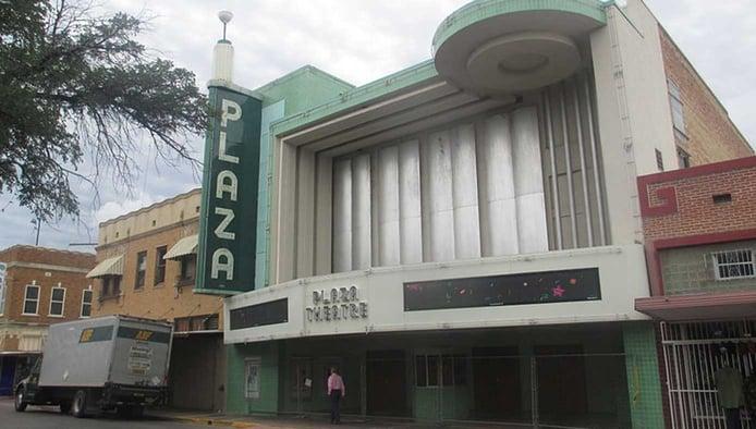 Image of the Plaza Theatre in Laredo, Texas