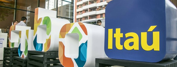 Cubo and Itaú 3D logos